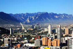 """Mty: The City of Mountains"""