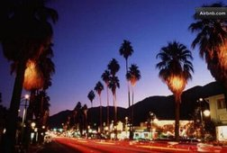 The Palm Springs Walking Tour