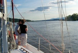 Dine and Sail the Hudson