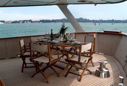 Boat and Breakfast in Venice on a Yacht
