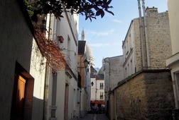 Discover Montmartre & Wellbeing Tour !
