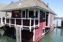Historic House Boat Tour